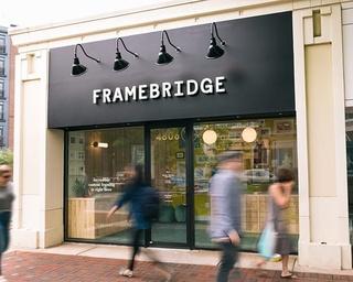 Framebridge  street store facade