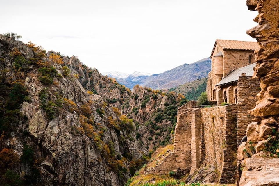 Abbaye St-Martin-du-Canigou.jpg