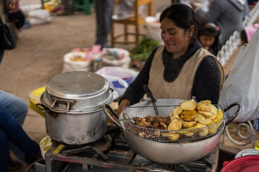 Is eating safe in Peru? Yes, with precautions
