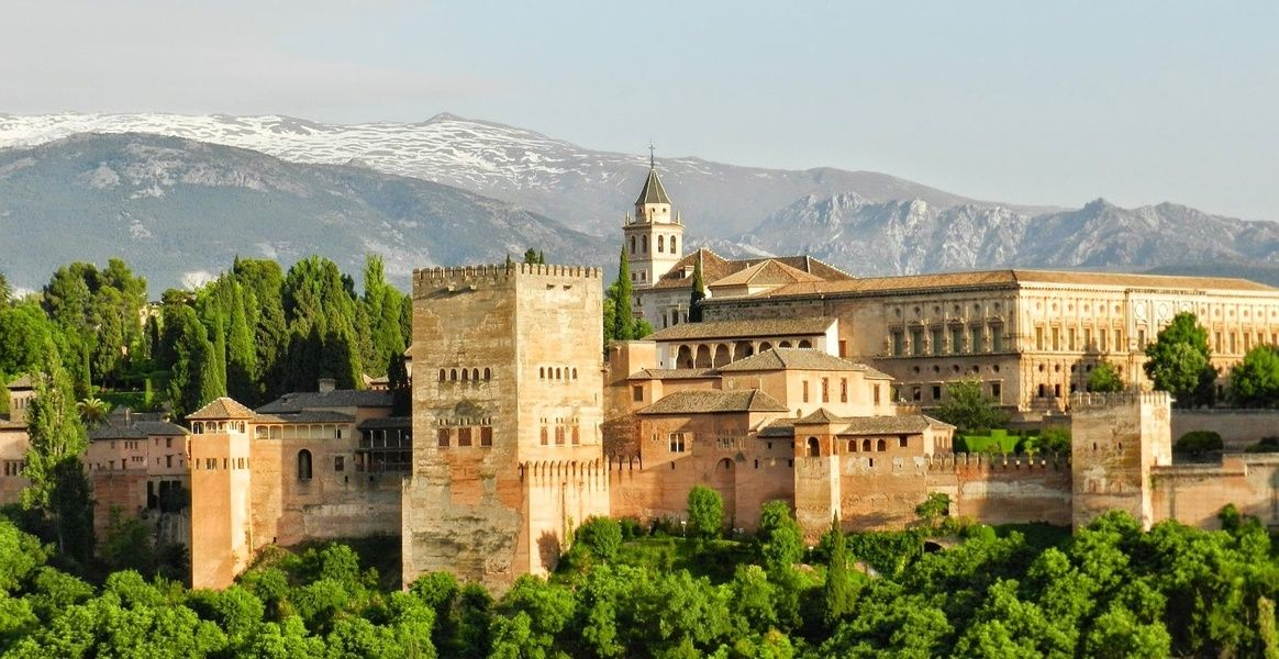 Where to stay in Spain for amazing nature and food? The Andalusia Region