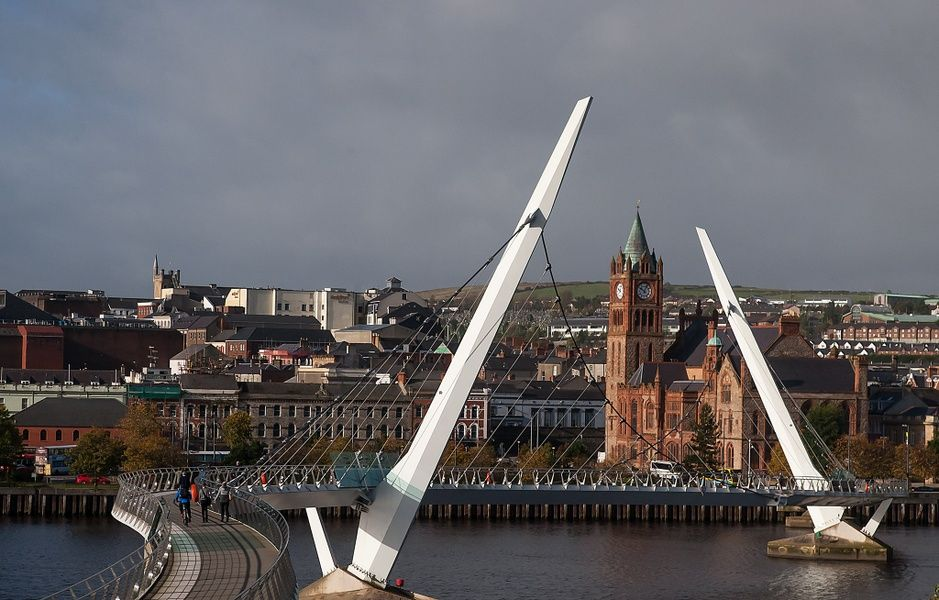 Derry, in Northern Ireland, is an awesome place to visit in Ireland
