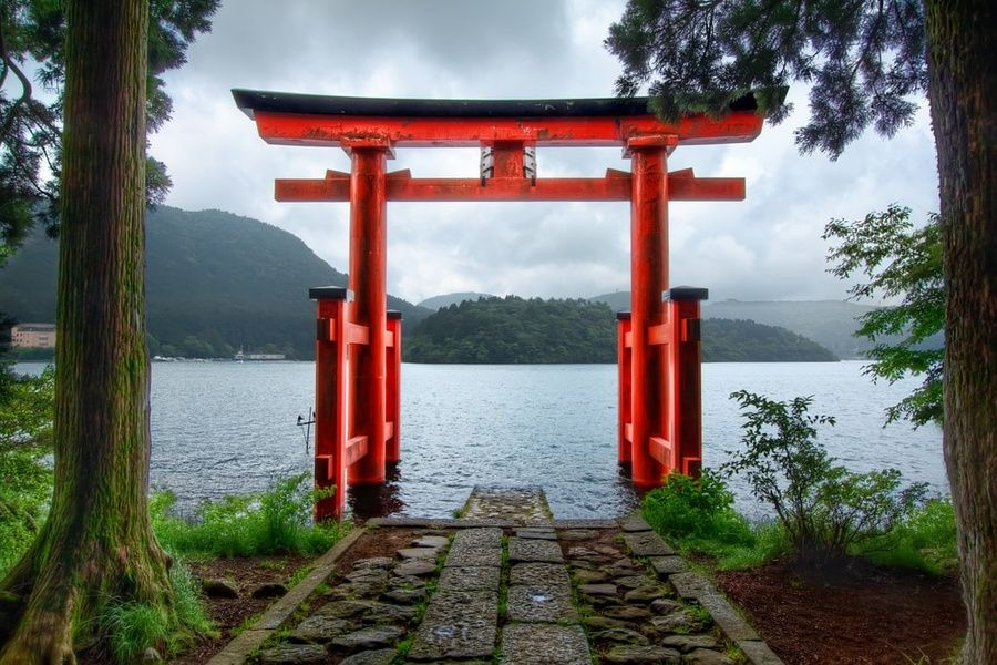 Instagramming Torii Gate is one of the things to do in Hakone