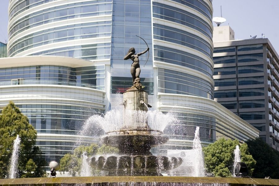 King Cole Bar is one of Mexico City best restaurants AND it has an amazing view of the city's iconic fountain/statue