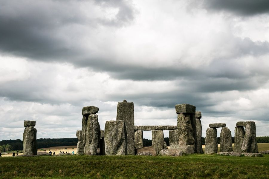 Venturing out to Stonehenge is an awesome thing to do in London