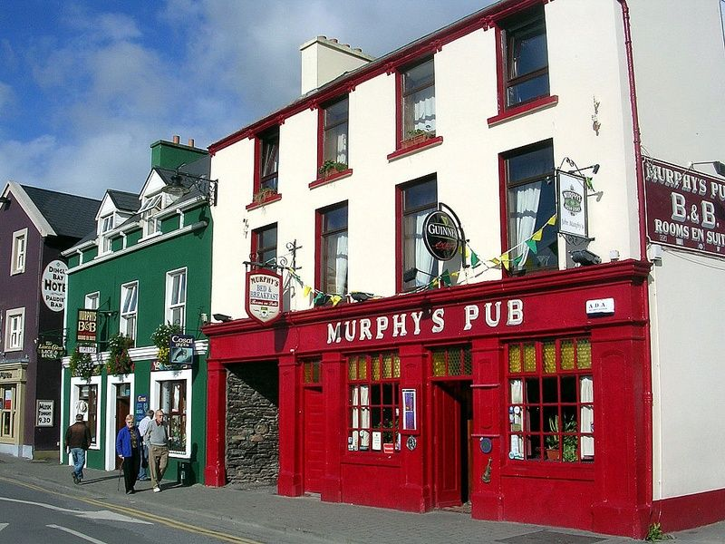 Exploring pubs is one of the best things to do in Dingle Ireland