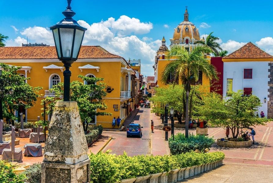 Walled City 2 Weeks in Colombia