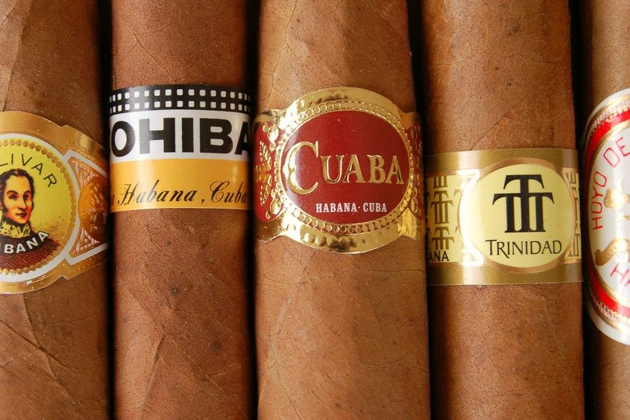 Smoking a cigar is one of 5 things to do in Cuba