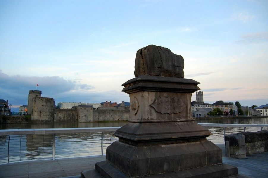 Seeing the Treaty Stone is an awesome thing to do in Limerick
