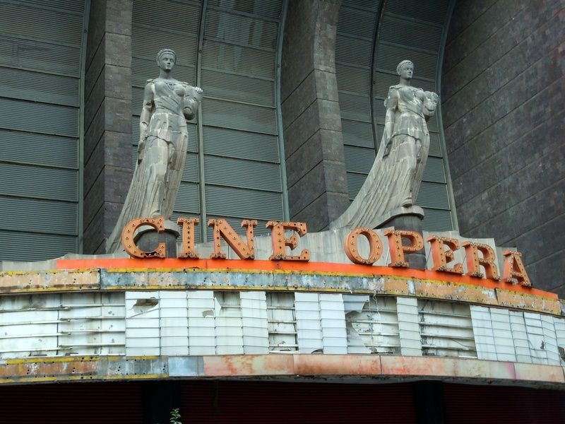 Cine Opera is a great stop for those spending 3 days in Mexico City who love old, cool stuff