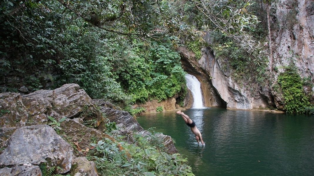 Waterfall Flights to Cuba from Mexico