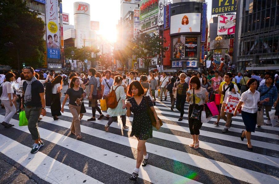 Shibuya Crossing Must Do in Tokyo