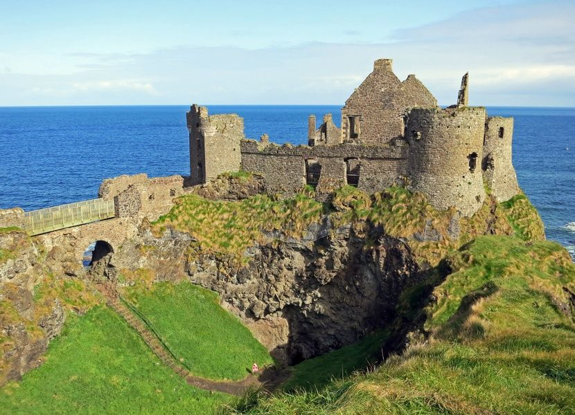 Exploring Dunluce Castle is one of the coolest things to do in Northern Ireland