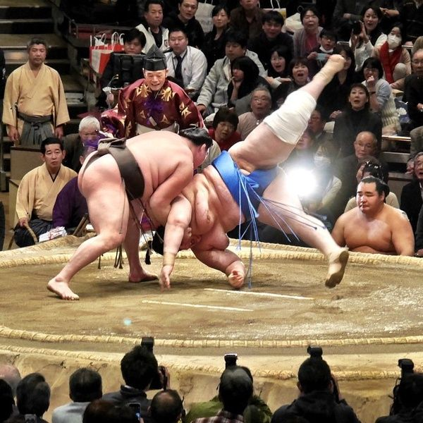Watching a sumo match is such a fun thing to do in Tokyo
