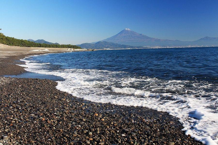 Black Rock Beach in Japan