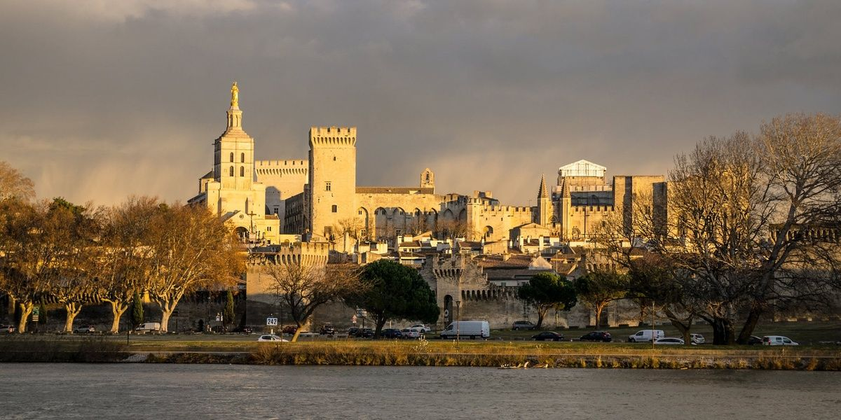 Traveling to Avignon is a great thing to do in France