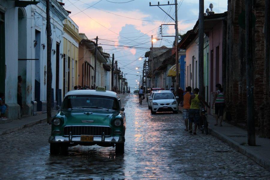 Driving in Cuba in Trinidad