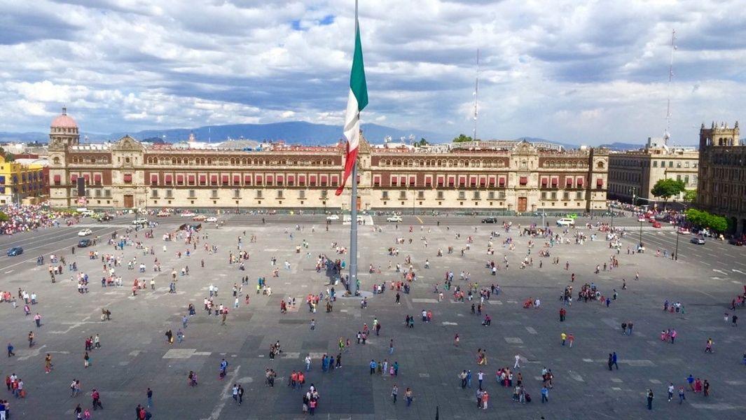 El Zocalo Places To Visit In Mexico City