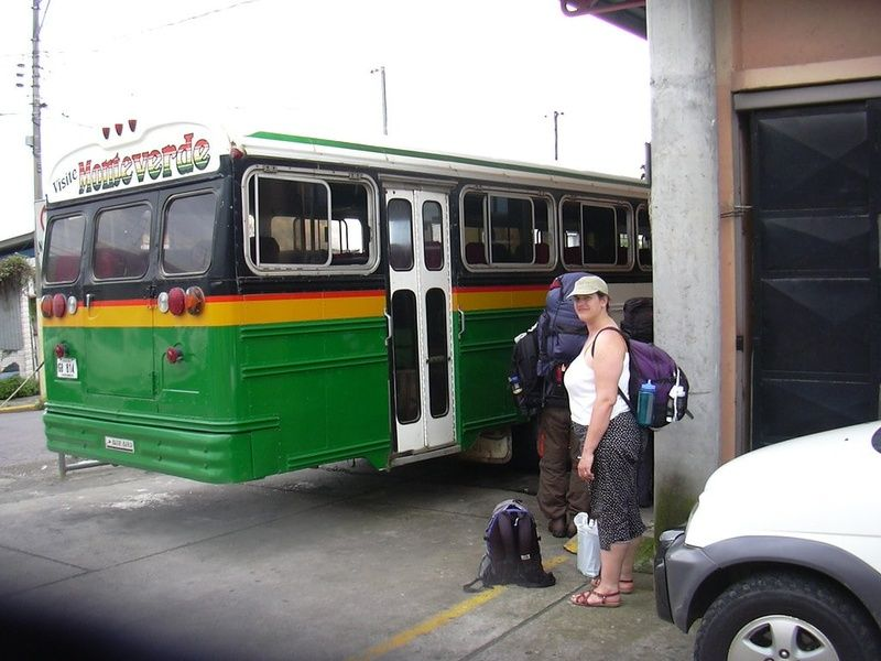 Buses are a solid form of Costa Rica transportation