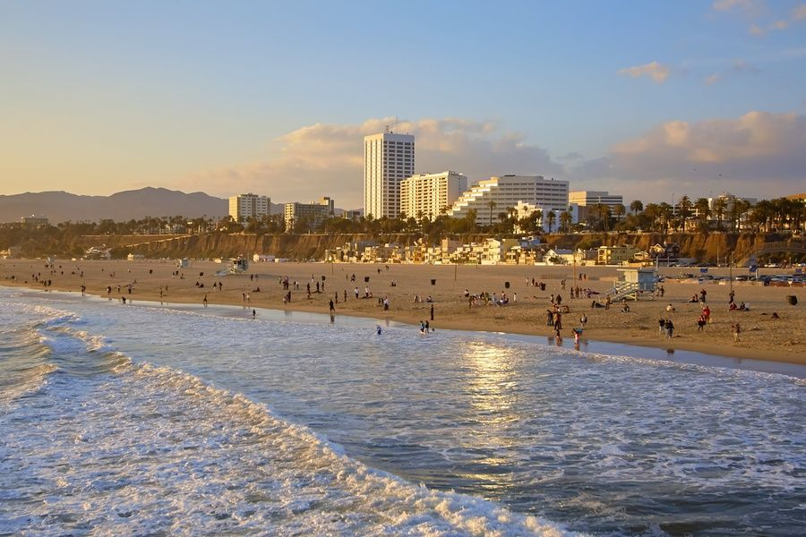 People visiting Los Angeles frequently ask if they should visit other neighborhoods and nearby cities. Yes!