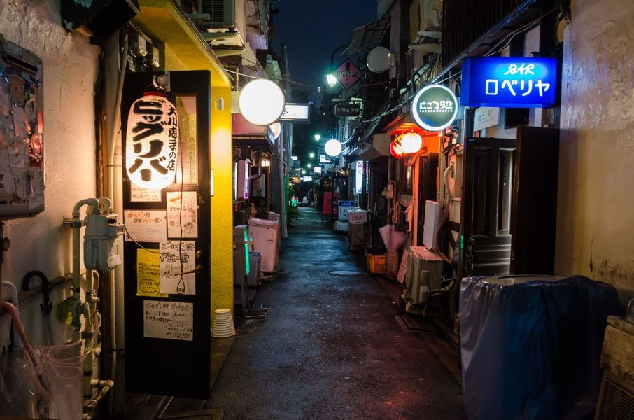 Bar hopping in Golden Gai is one of the top things to do in Tokyo
