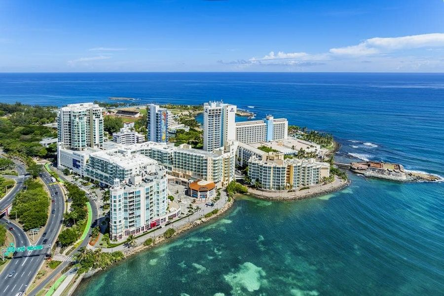 Resort Caribe Hilton is a Puerto Rico beach resort that is family friendly