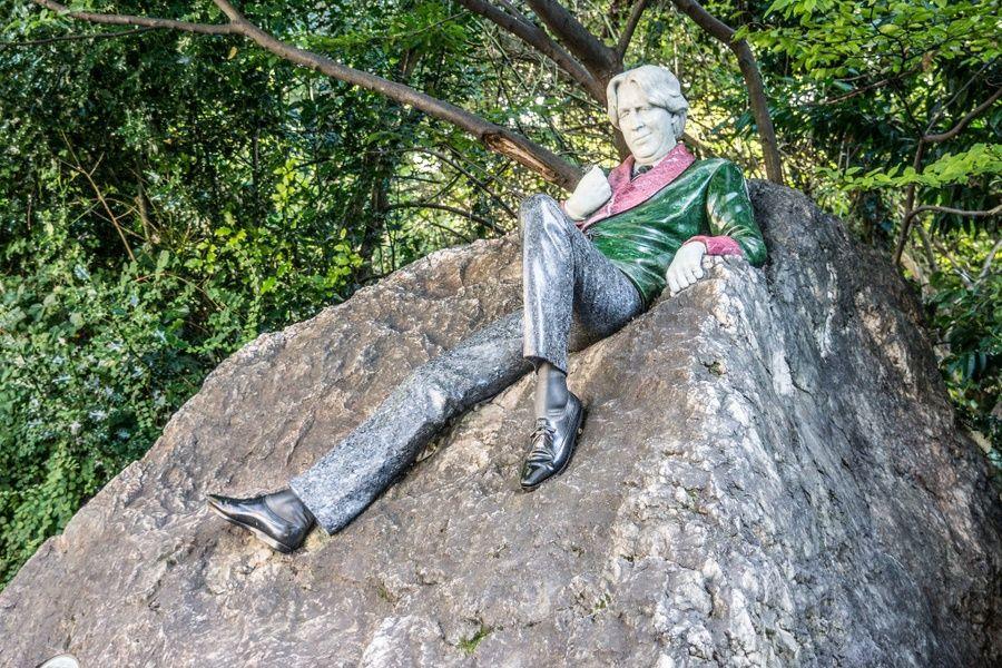 The Oscar Wilde statue in Dublin is off the beaten path in Ireland