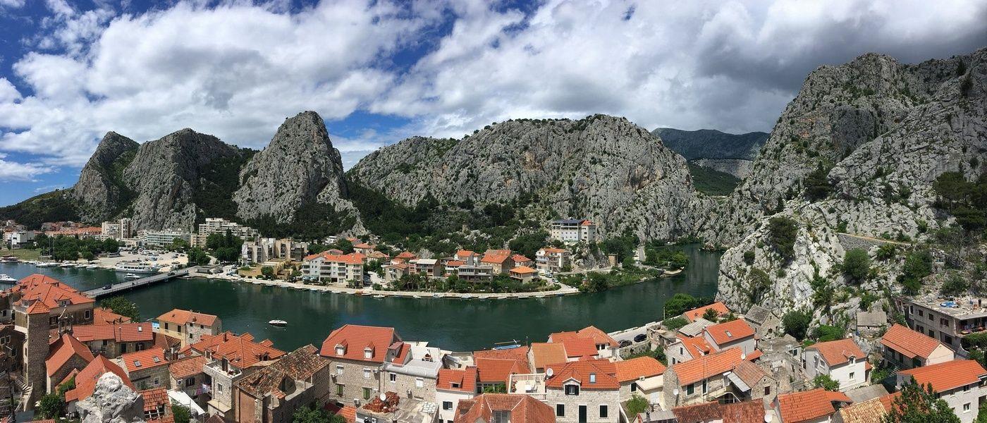 Where to stay in Croatia for a secret seaside retreat? Makarska
