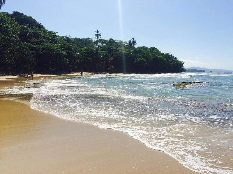 Where to stay in Costa Rica for amazing beaches and food? Limon