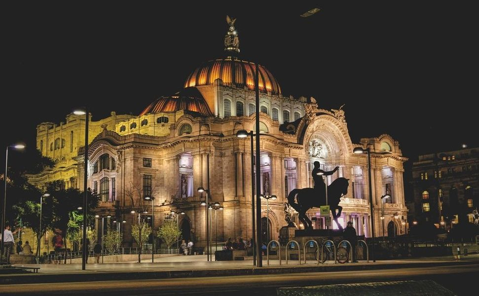 Palacio de Bellas Artes Mexico City Nightlife