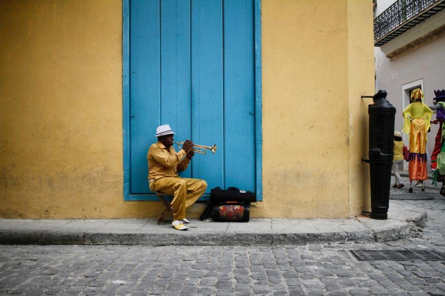 Trumpet player in Cuba