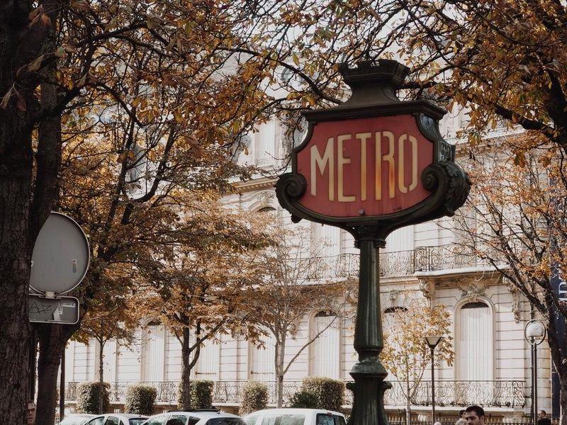 Transportation Travel to Paris