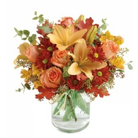 Thanksgiving flowers centerpieces peach lily Thanksgiving flower centerpiece