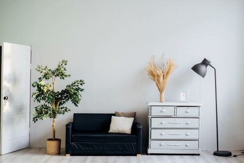 Image of Inside Scoop: The Pros and Cons of Renting Furniture