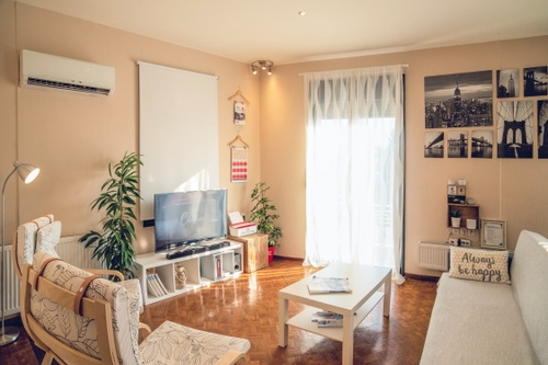 Image of 10 Cheap Decorating Ideas That Add Personality to Your Apartment