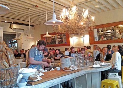 Image of 7 Essential Seattle Restaurants for Residents