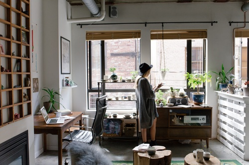 Image of 8 Tricks That Make a Tiny Studio Apartment Seem Huge