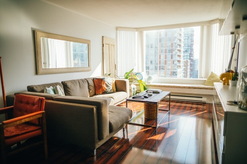 Image of The Pros and Cons of a Month-to-Month Lease: Do You Know Them All?