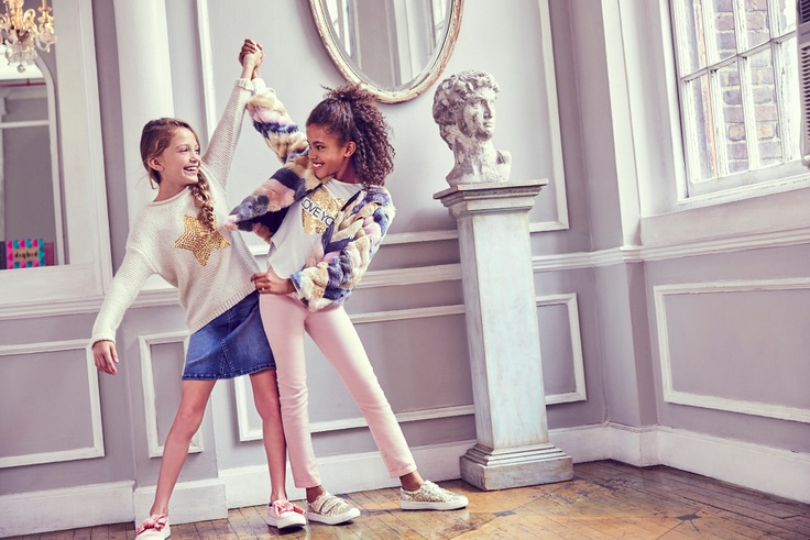 2 girls in kidpik subscription clothes