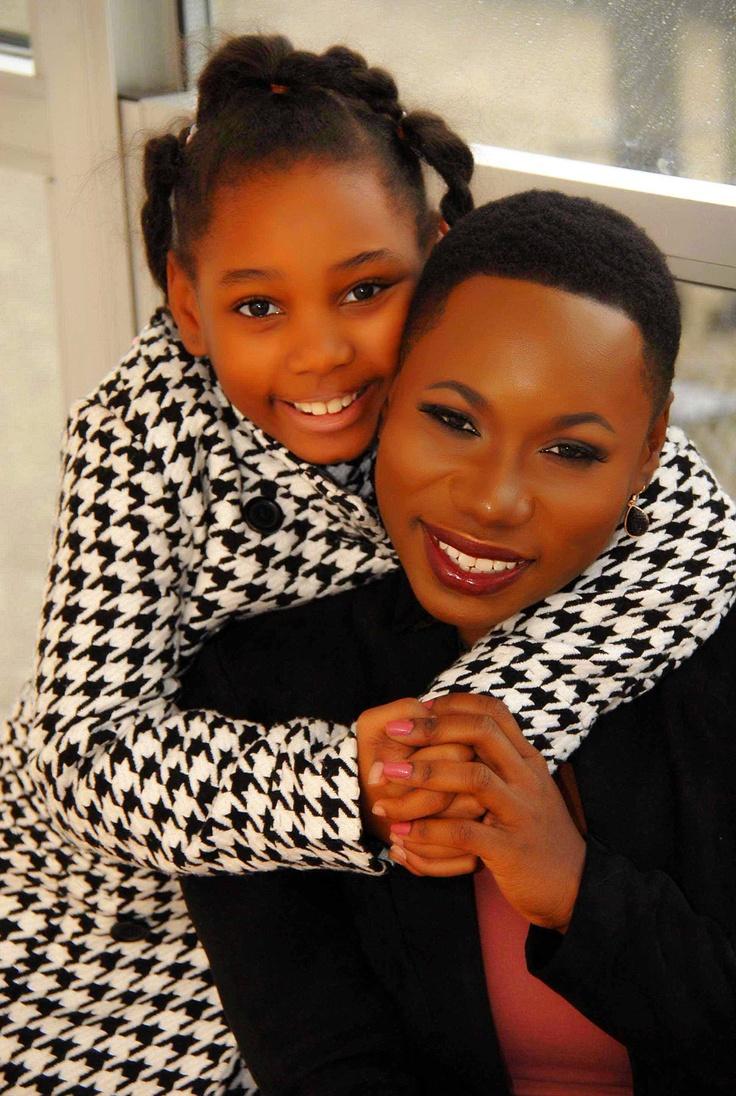 Girl and mom wearing kidpik