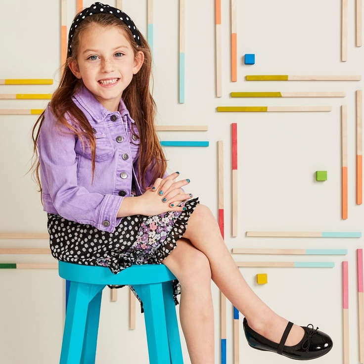 girl in kidpik clothing
