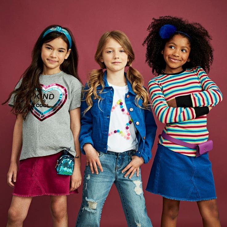 3 girls in kidpik clothes