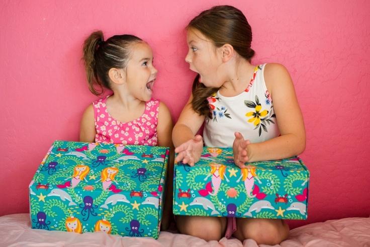 Girls and travel kid box