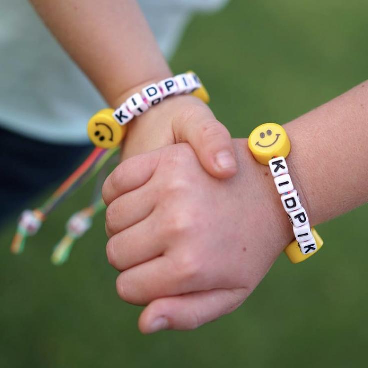 kidpik friendship bracelets