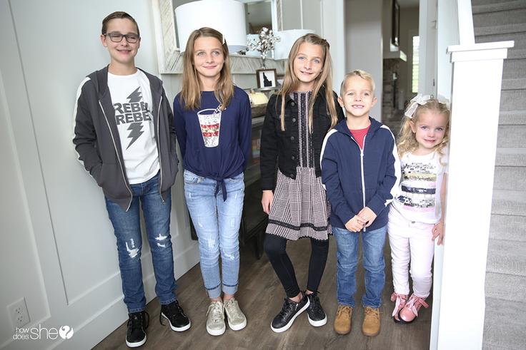 5 kids wearing kidpik outfits