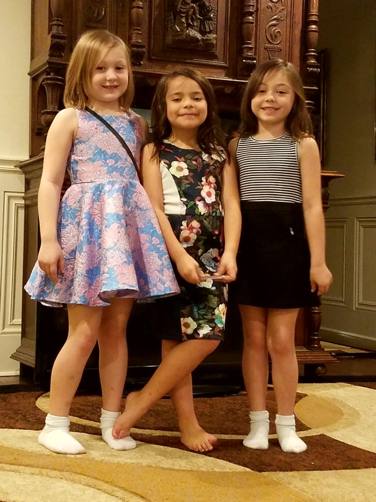 3 girls in kidpik subscription outfits