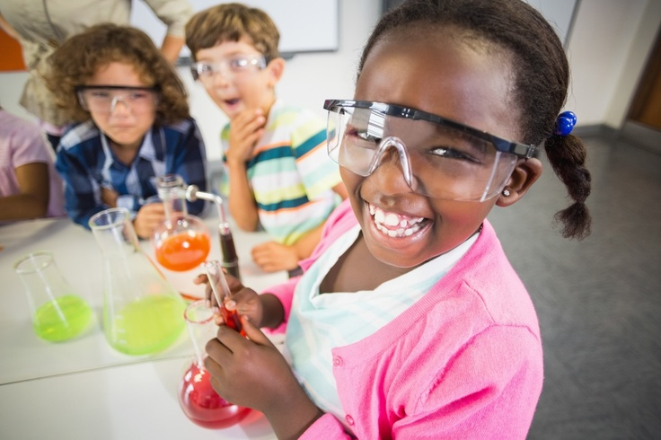 kids doing science experiments
