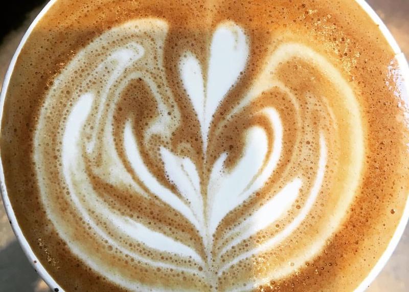 milk-art-on-a-latte