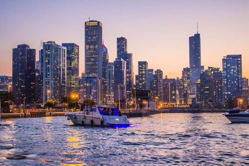 ChicagoSkyline-LakeMichiganViews.jpg